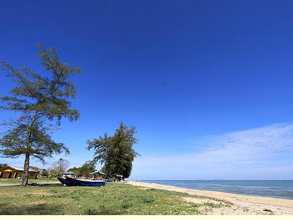 Pantai Rhu 10